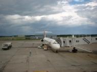 空港内の旧JAS機